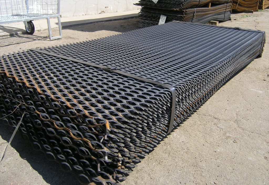 pack of 20 Expanded metal sheets