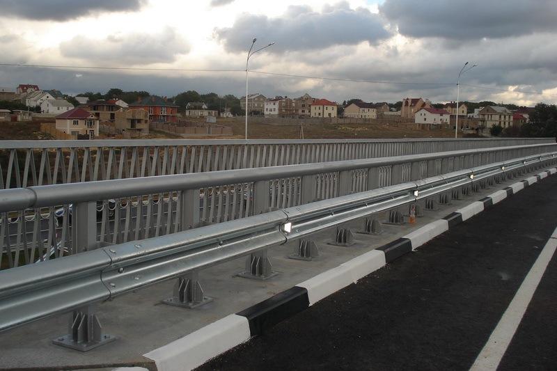 изготовление перильного пешеходного ограждения запорожье
