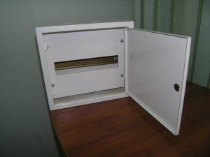 металлический корпус для распределительного щита
